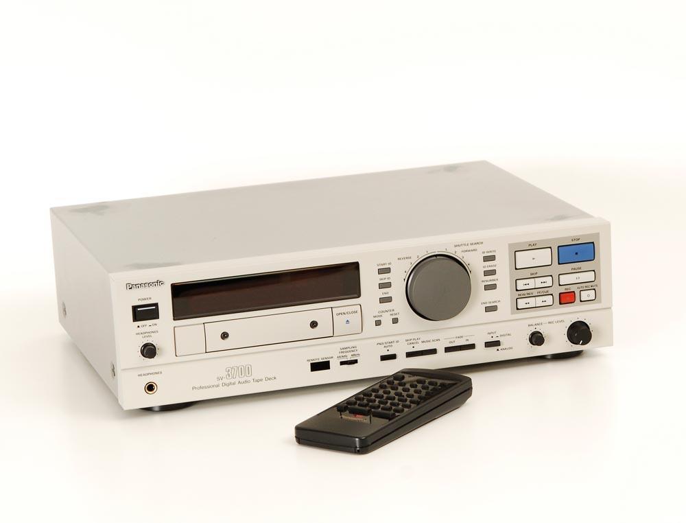 Panasonic SV 3700
