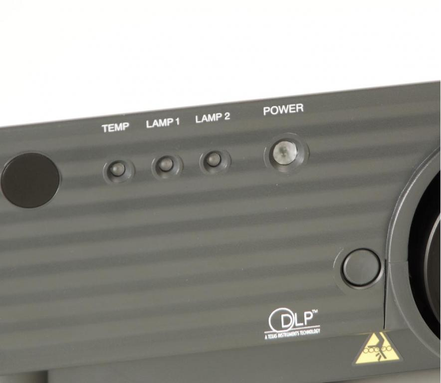 Panasonic PT-D 5500 E Beamer