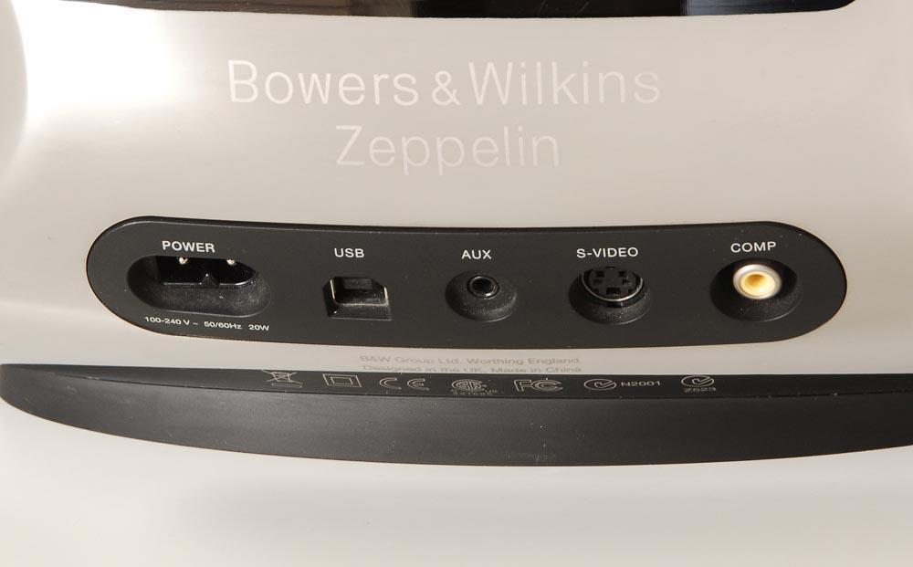 B&W Zeppelin mit Apple ipod Touch 16GB
