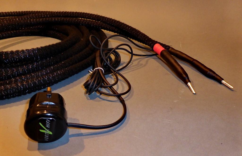 Lautsprecher-Kabel 5