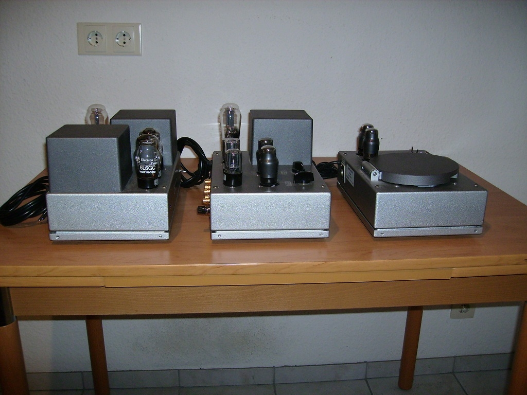 DynaGroove Preamp + Power AMP + CD-Player