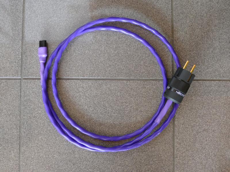 Purple Flare C7-Stecker 2,0 m