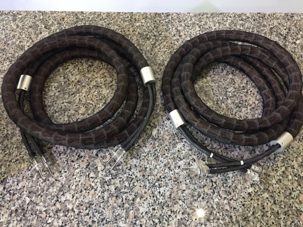 Referenz LS-2404 AIR Single Wire 2 x 3,0m BFA Bananen