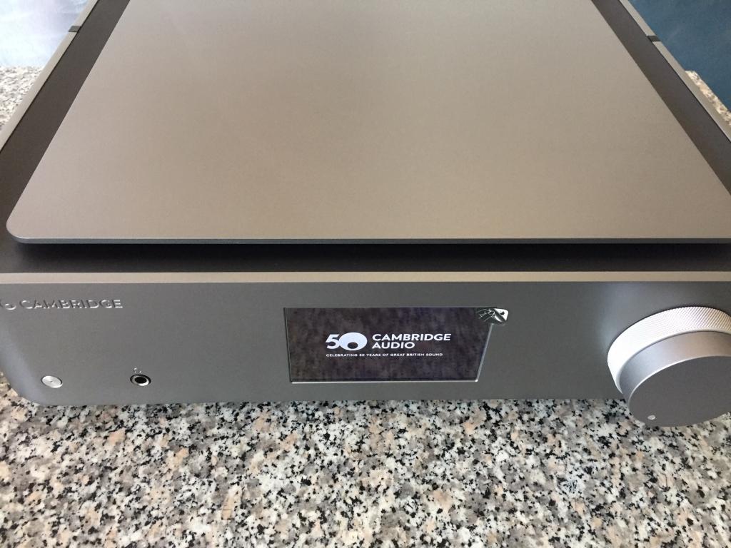 Jubiläums Model Edge NQ inklusive Vorverstärker, DAC Modul und Netzwerkspieler