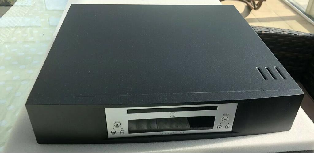 Linn Akurate CD / SACD / DVD Audio Player