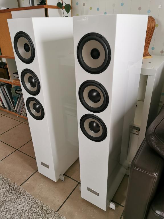progressive audio extreme 3 acryl weiss 2524112829. Black Bedroom Furniture Sets. Home Design Ideas