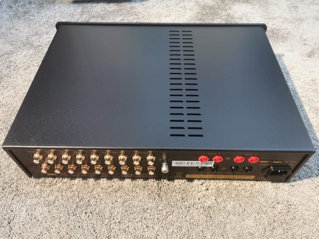 Exposure 3010 S2D Vollverstärker aus Demo in schwarz