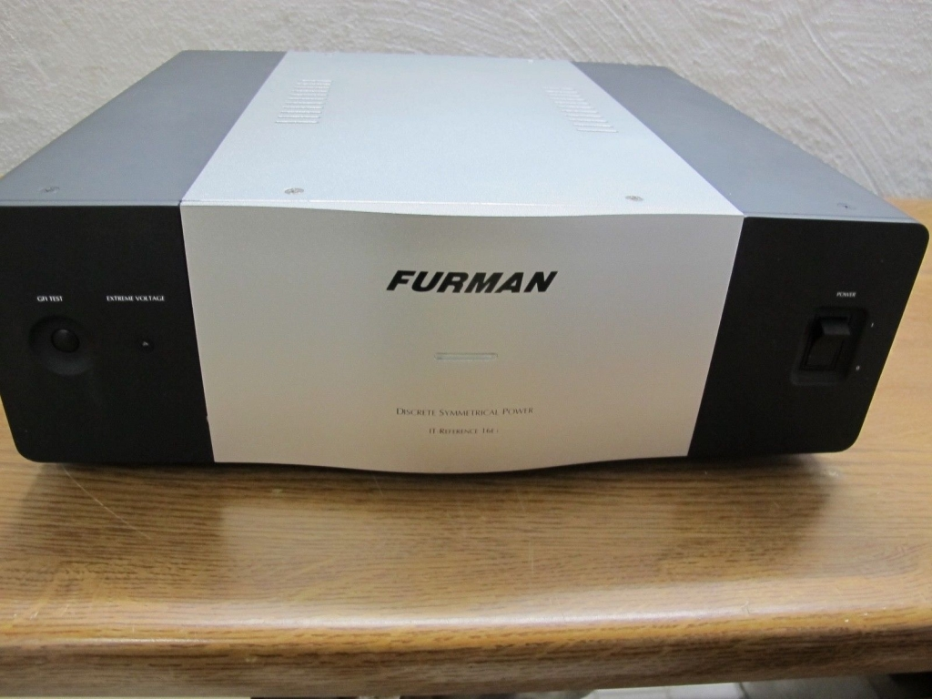 Furman IT-Reference 16EI High End Netzfilter in schwarz aus Oktober 2018
