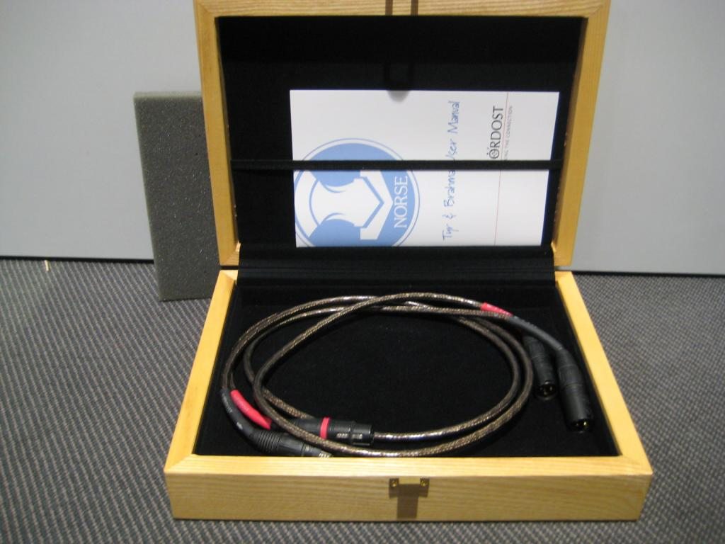 Tyr 1m XLR stereo / 1.Hand / TOP mit OVP