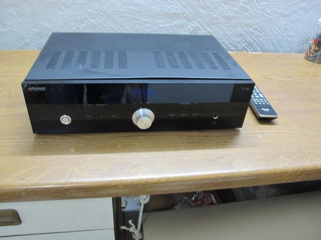 Advance Acoustic X-i90 Vollverstärker in schwarz