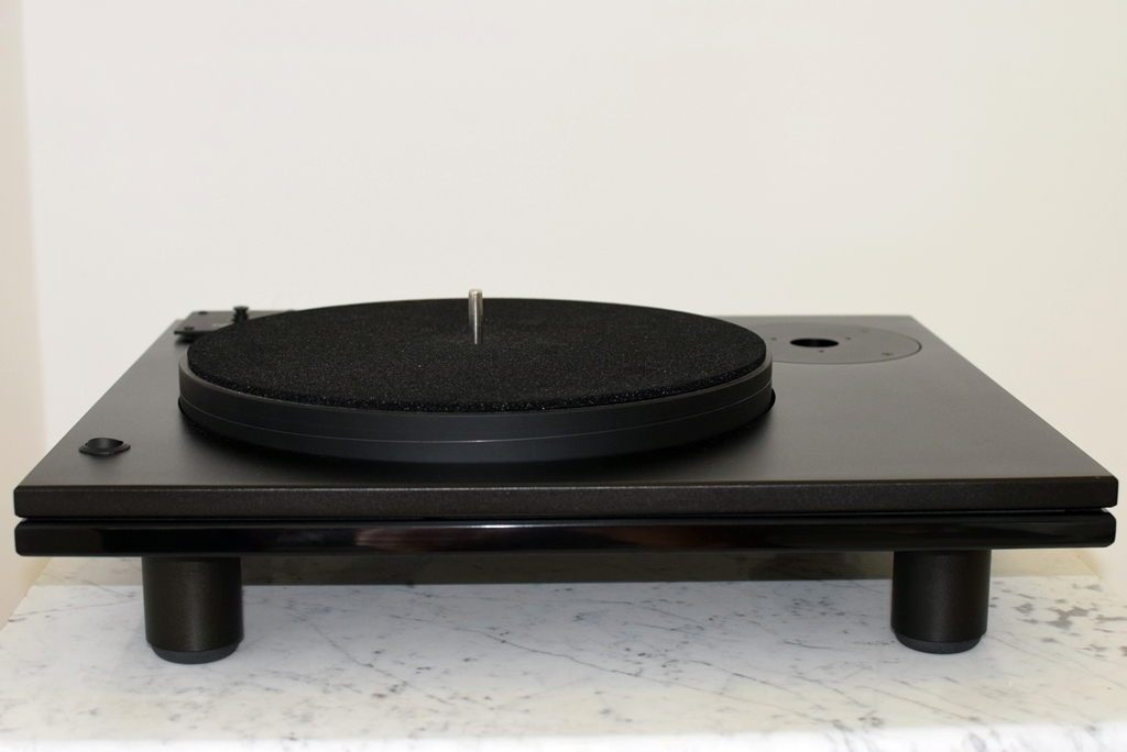 DV-500 well tempered turntable - unpacked for pictures only