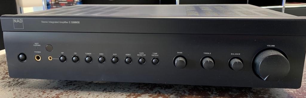 Stereo Vollverstärker C326BEE
