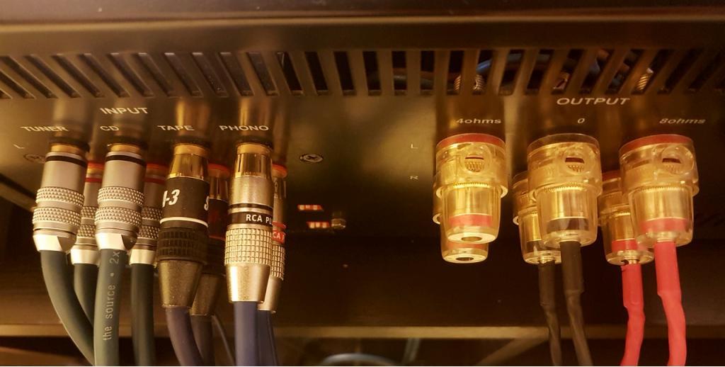 LUA 6060C mit Phonoteil und großer System - Fernbedienung
