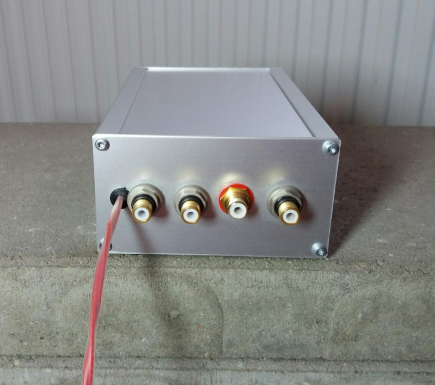mini-DSP nano 2x8 digital processor