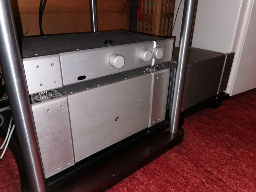 Balance preamp and power amp reduced to sell