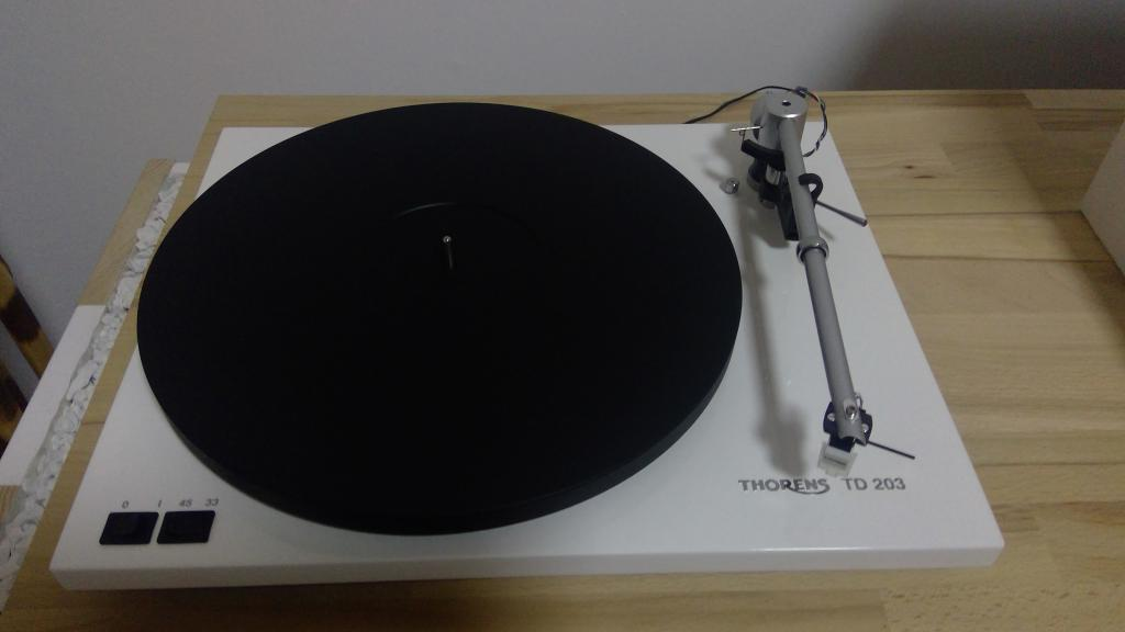 Thorens TD 203 in weiß