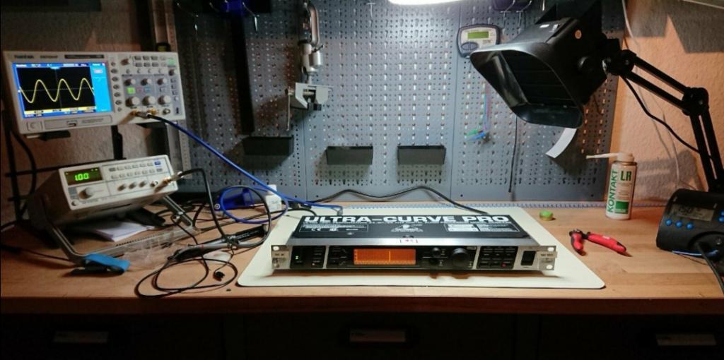 DEQ2496 Ultra-Curve Pro mit Sweetspot Audio Tuning!