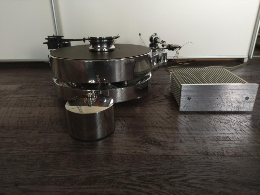 Transrotor FAT BOB S mit 2x SME Tonarm