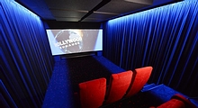 4D High-Tech Heimkino in Vollausstattung