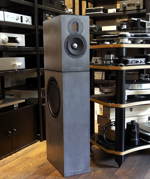 AV6 Mini, HighEnd-Lautsprecher aus Beton