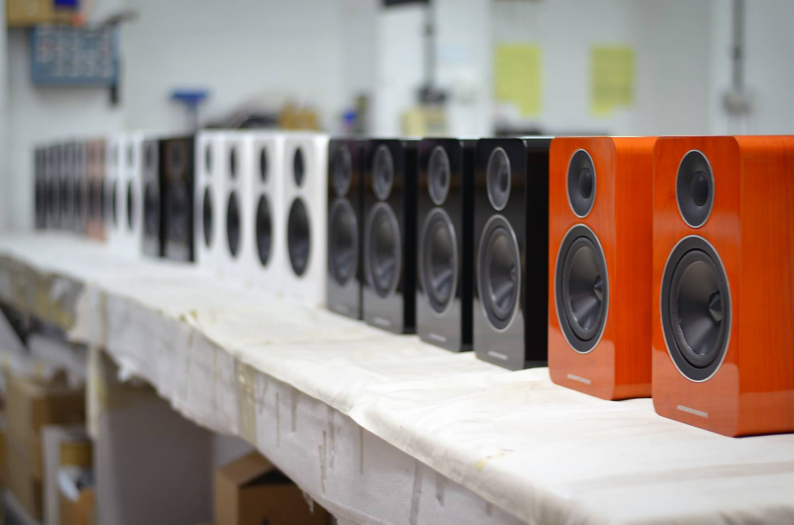 ACOUSTIC ENERGY AE 1 Active ab sofort lieferbar