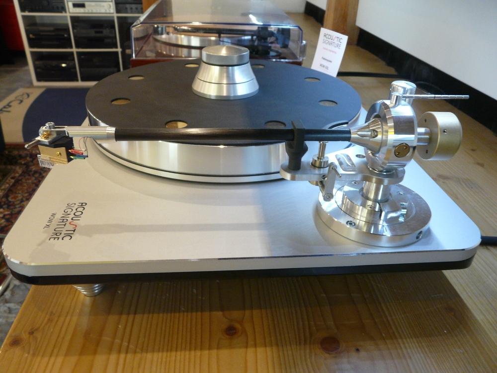 Abverkauf Ausstellungsgeräte Rabatt bis 30% Acoustic Signature WOW XXL
