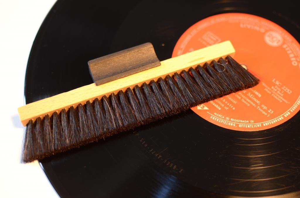 Musikkammer- Die Plattenbürste