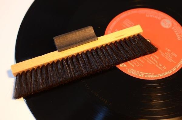 Musikkammer - Die Plattenbürste