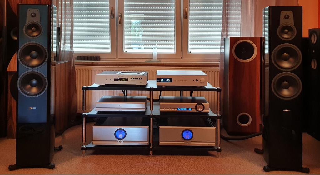 Pass XP 22 AC mit XA 60.8 AC und XP 17 AC bei uns neu  in der Vorführung z. B.... www.berlin-hifi.de und www.audio-offensive.de